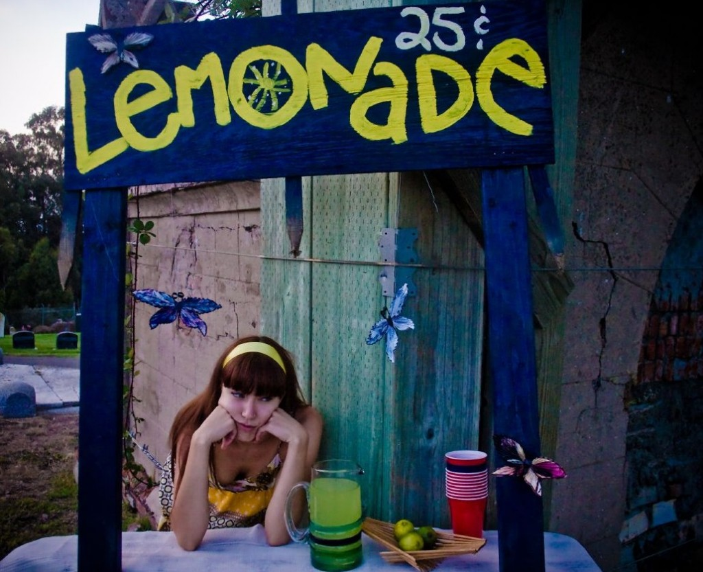 """Graveyard lemonade stand"" by Nina Frazier on Flickr (CC BY-SA 2.0)"